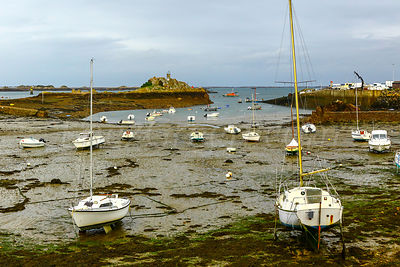 Loguivy harbour at low tide, Bréhat archipelago., Brittany