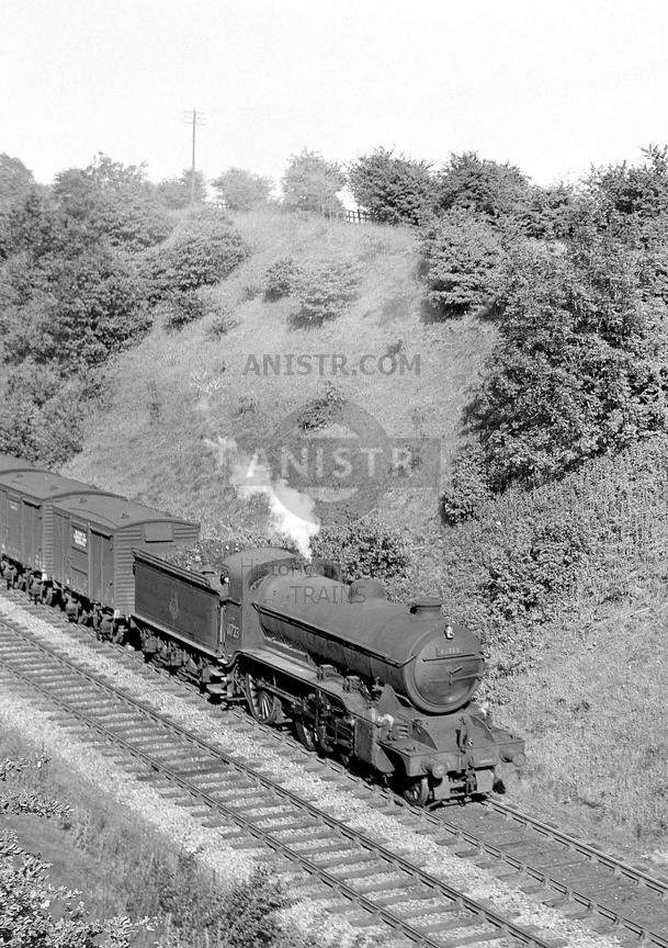 PHOTOS OF EX-LNER K2 CLASS 2-6-0 STEAM LOCOS