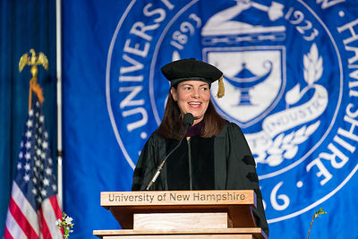 unh_manchester_commencement-296