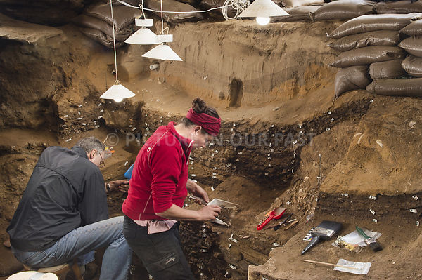 Blombos Gallery 6: Blombos Cave Excavations