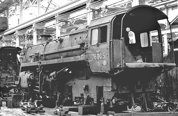 PHOTOS OF STANDARD 4MT 2-6-0 STEAM LOCOS