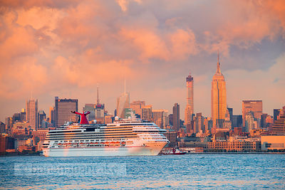 Cruise ship, Manhattan, New York - BP4491