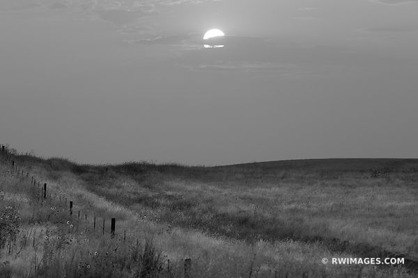 SUNSET PALOUSE WASHINGTON BLACK AND WHITE