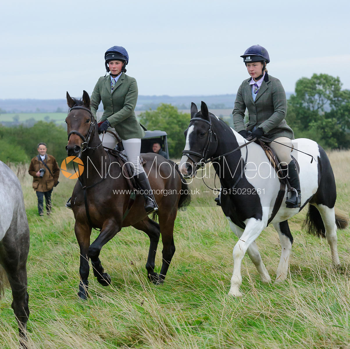 Sophie Walker - The Cottesmore Hunt at Betts Barn 27/9