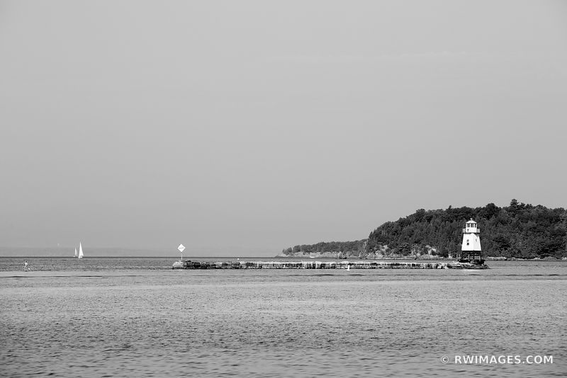 BURLINGTON VERMONT BREAKWATER LIGHTHOUSE BURLINGTON VERMONT HARBOR BLACK AND WHITE