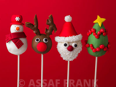 Four christmas pop cakes