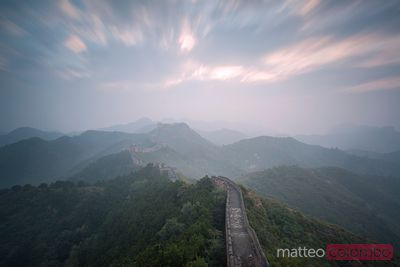 Sunrise over the Great Wall in Jinshanling, China