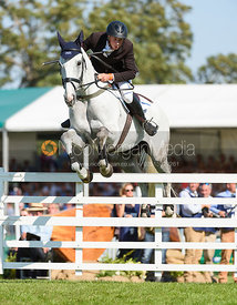 Richard Jones and ALFIES CLOVER, showjumping phase, Land Rover Burghley Horse Trials 2018
