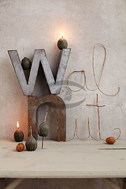 walnut_candle