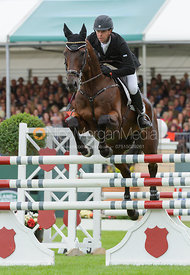 Kevin McNab and CLIFTON PINOT - show jumping phase, Burghley Horse Trials 2013.