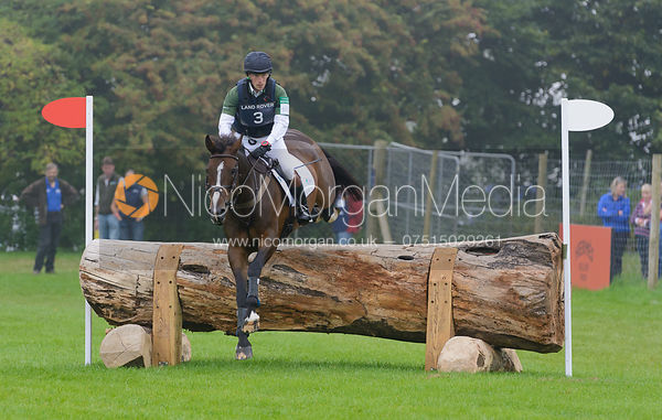 Simon Grieve and CORNACREW - cross country phase,  Land Rover Burghley Horse Trials, 6th September 2014.