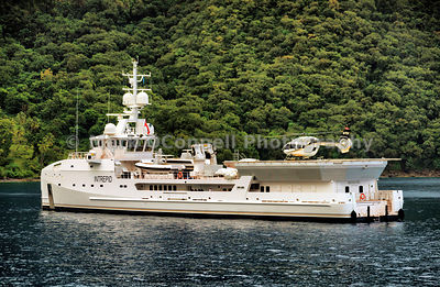 Superyacht Intrepid