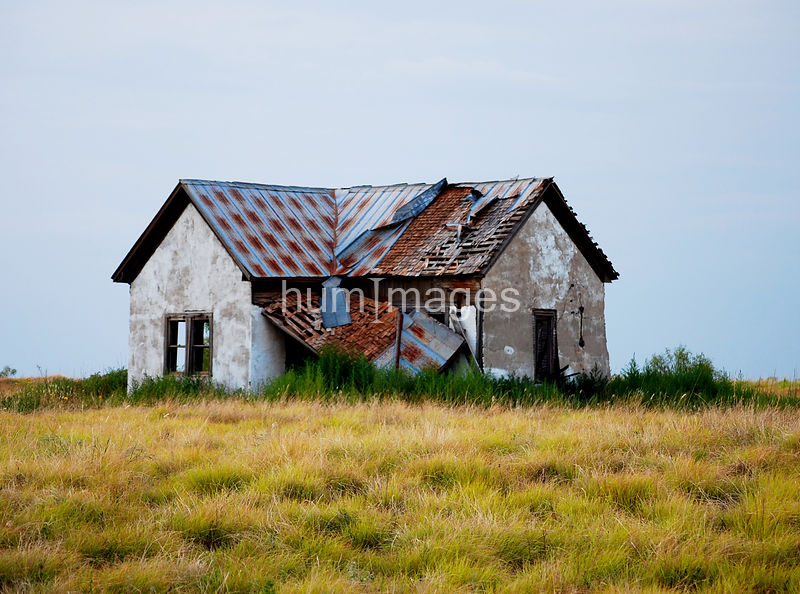 Abandoned homestead west of Lakeview, Texas