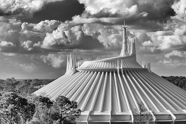 Space Mountain - Monochrome