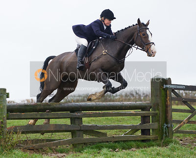 Sasha deG jumping fences at Stone Lodge Farm - The Cottesmore at John O'Gaunt 24/11/12