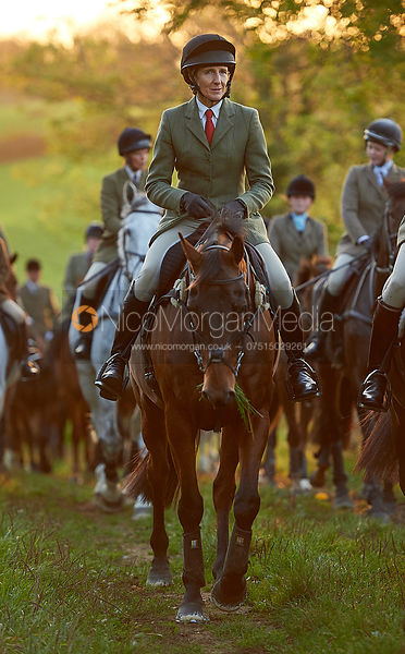 Zoe Gibson - The Cottesmore Hunt at America Crossroads 17/10