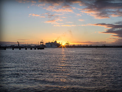 Poolbeg_Sunset