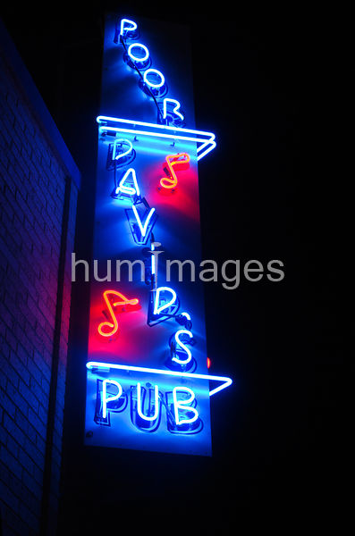 Poor David's Pub neon sign in Dallas Texas