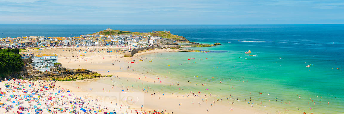 Panoramic view of Porthminster beach and St Ives, Cornwall - BP4248C