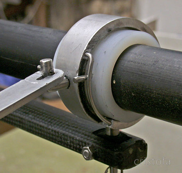 Prototype rowlock on ROCAT proto-3 - the wire limits rotation and renders the oar captive