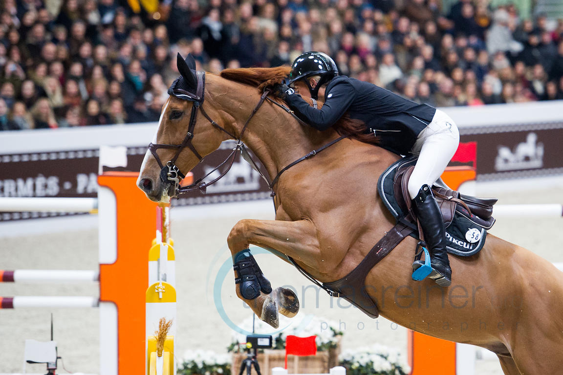 Paris, France, 17.3.2018, Sport, Reitsport, Saut Hermes - PRIX du 24 Faubourg Bild zeigt Laura RENWICK(GBR) riding Top Dollar...