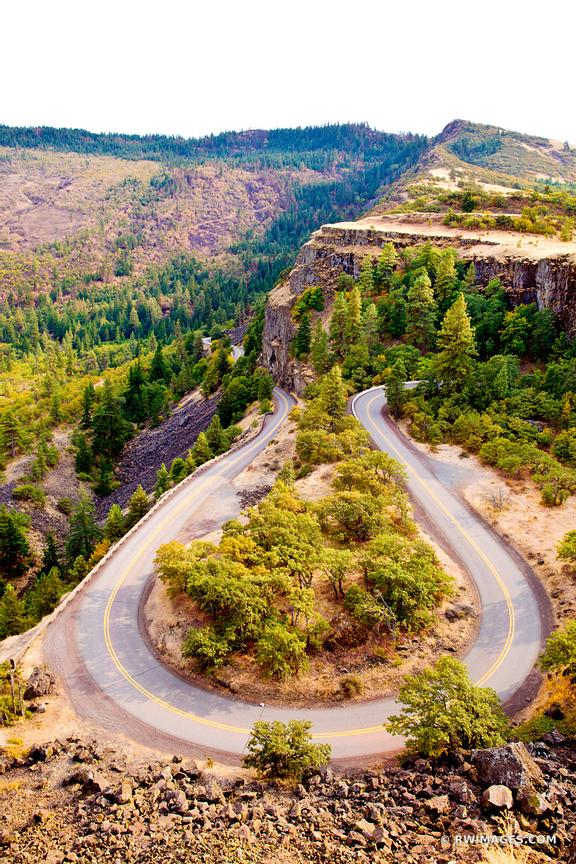ROWENA CREST SWITCHBACKS HISTORIC COLUMBIA RIVER GORGE HIGHWAY ROUTE 30 OREGON