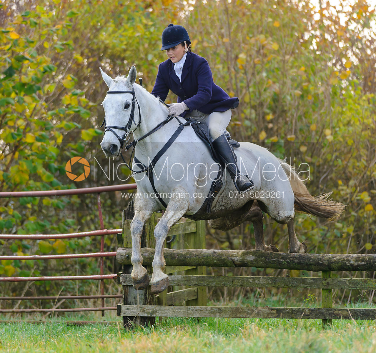 Nico Morgan Media | Joanne Rutter jumping a hunt jump at Deane Bank Farm