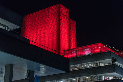 National Theatre red lighting