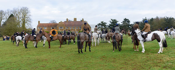 at the meet - The Belvoir Hunt at Waltham House 14/1
