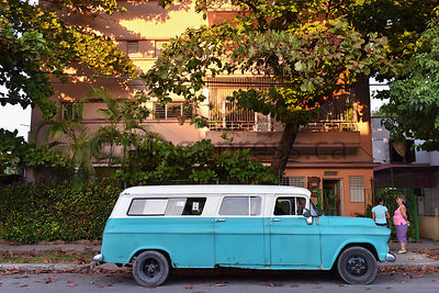 Incredible Cuban Cars