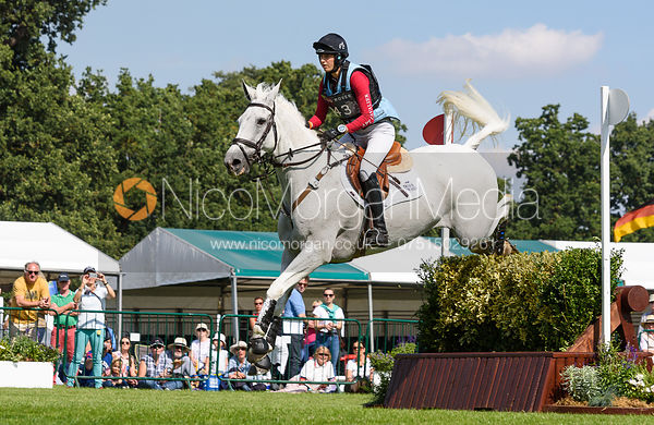Kirsty Short and COSSAN LAD, cross country phase, Land Rover Burghley Horse Trials 2018