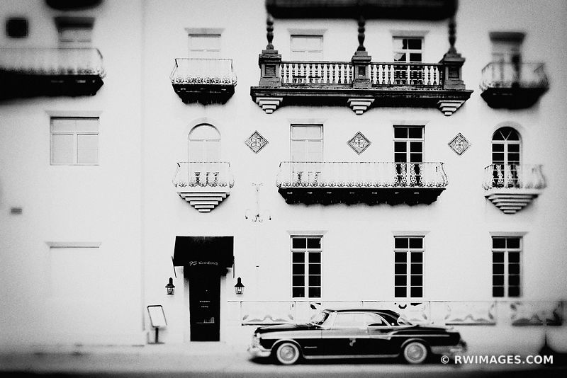 OLD HOTEL HISTORIC DISTRICT ST AUGUSTINE FLORIDA BLACK AND WHITE