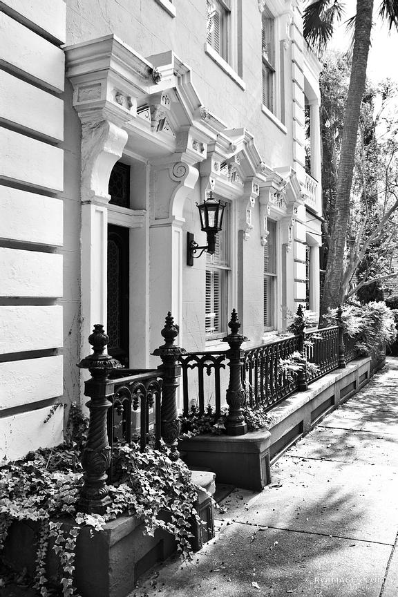 HISTORIC CHARLESTON ARCHITECTURE CHARLESTON SOUTH CAROLINA BLACK AND WHITE VERTICAL
