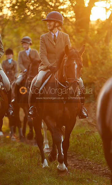 Justine Smiley-Jones - The Cottesmore Hunt at America Crossroads 17/10