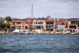 Orange County Waterfront Homes in Newport Beach