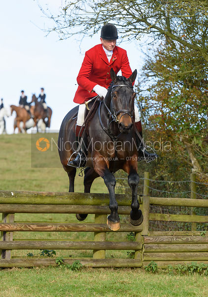 Nicholas Leeming jumping a hunt jump at Burrough House - The Cottesmore at Somerby 5/11