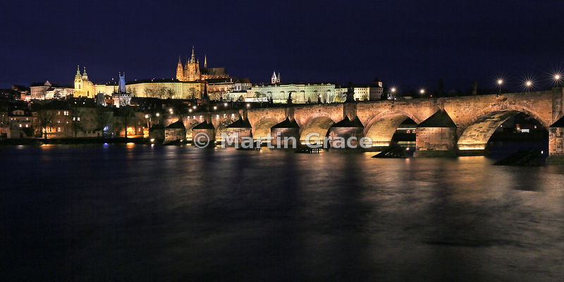 Charles Bridge (1357) over Vltava River, with St Vitus's Cathedral within Prague Castle beyond, Prague, Czech Republic - 2:1 ...