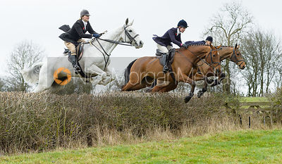 The Cottesmore Hunt at The Fox and Hounds 7/11