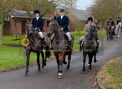 Fernie Hunt at Drayton 5/1 photos
