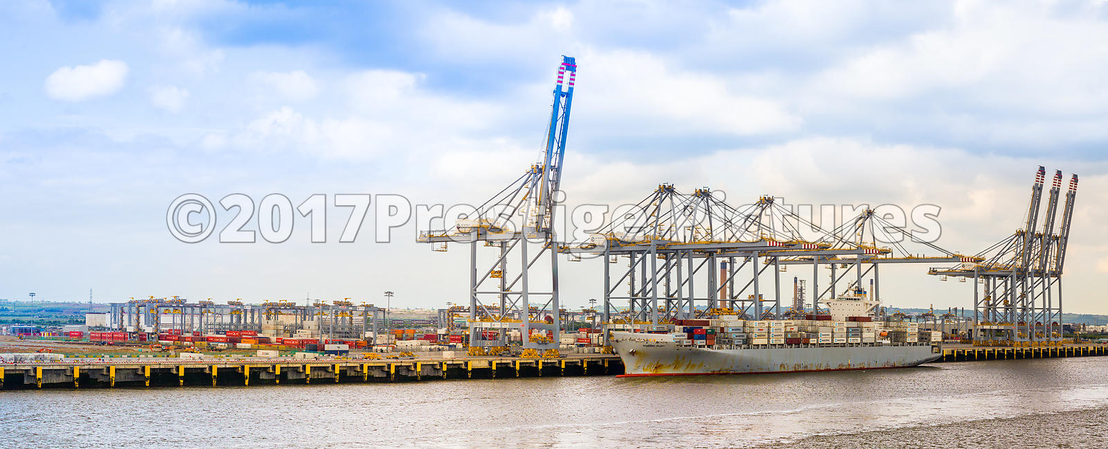 Feight Carrier being loaded at the London Gateway