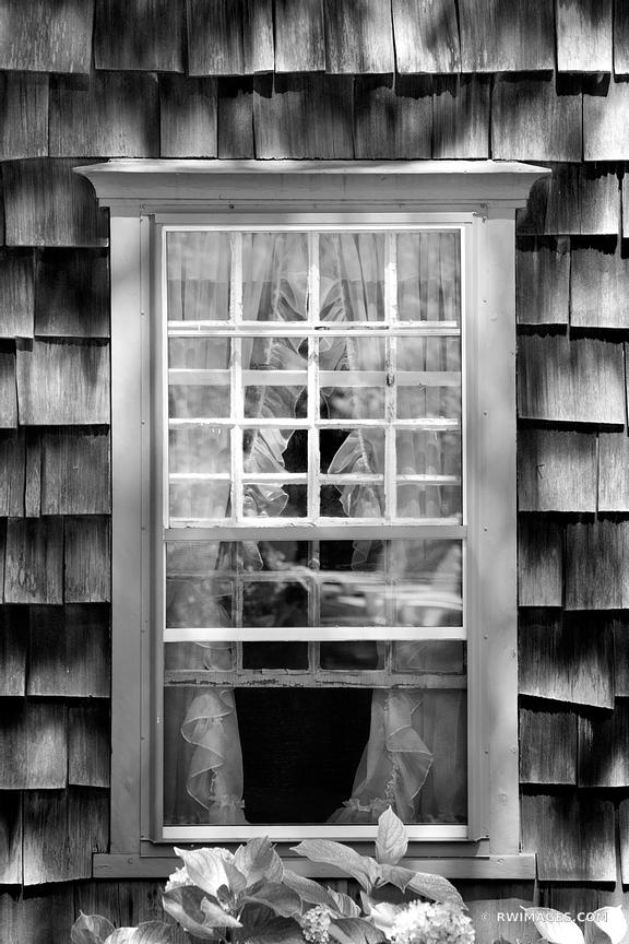 OLD WINDOW NANTUCKET ISLAND BLACK AND WHITE
