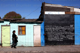 List of articles for sale on side of house, Copiapó, Region III, Chile