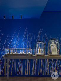 Retail architecture photographer - Pop Up Store Chaumet Saint Honore, Paris France by Delphine Waiss Architecture. Photo ©Kri...