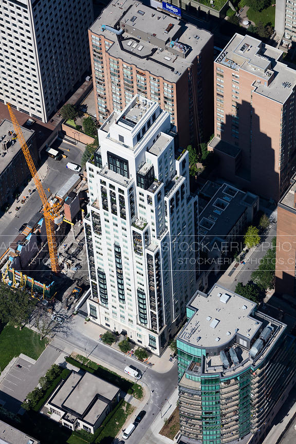One Saint Thomas Residences Toronto