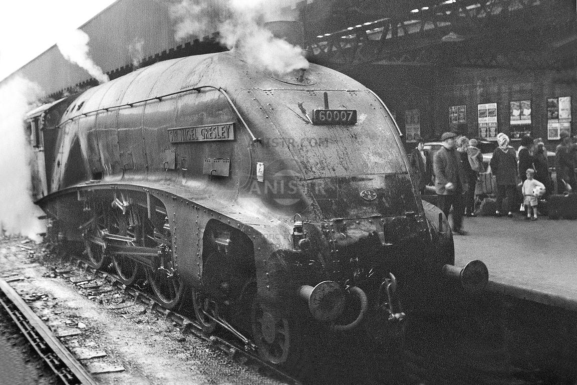Steam loco A4 60007 Glasgow Buchanan Street