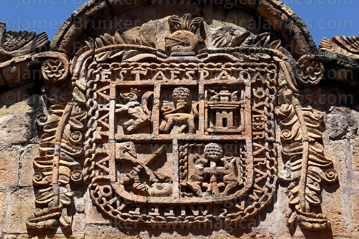 Detail of coat of arms on main archway of Casa de los Marqueses de Villaverde, La Paz, Bolivia