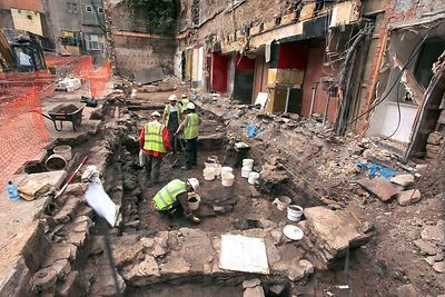 Archaeologists Working on the Site where the Cowgate Fire took Place in 2002