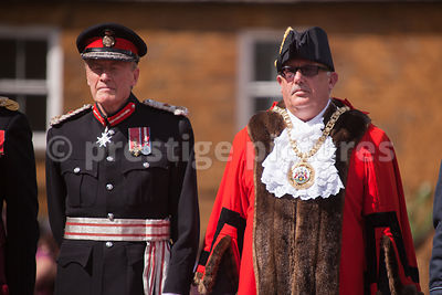 Lord Lieutenant of Oxfordshire with the Banbury Town Mayor