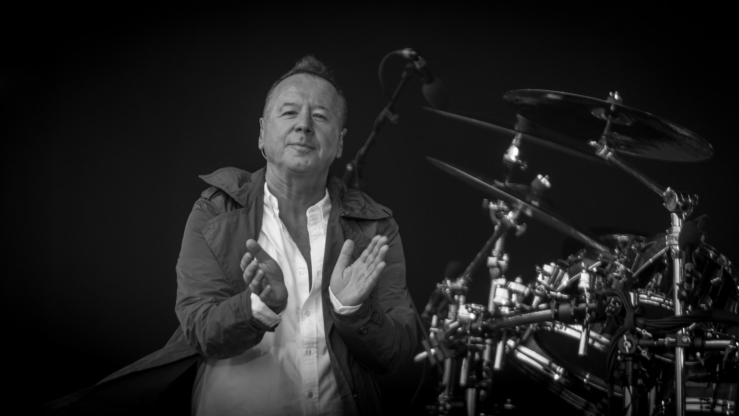 Simple Minds playing Radio 2' Hyde Park Festival in a Day 2013