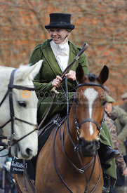 Kate Middleton - Dianas of the Chase - Side Saddle Race 2014.